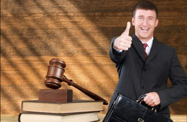 lawyer-ruling.Billion_Photos.shutterstock-370x242